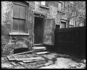 The Back Yard of 29 Hanbury Street